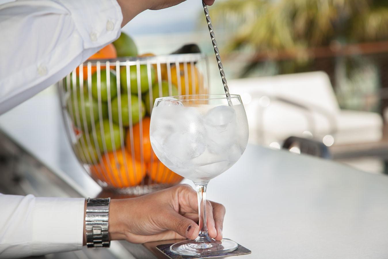 consume poco alcohol para prevenir el ictus