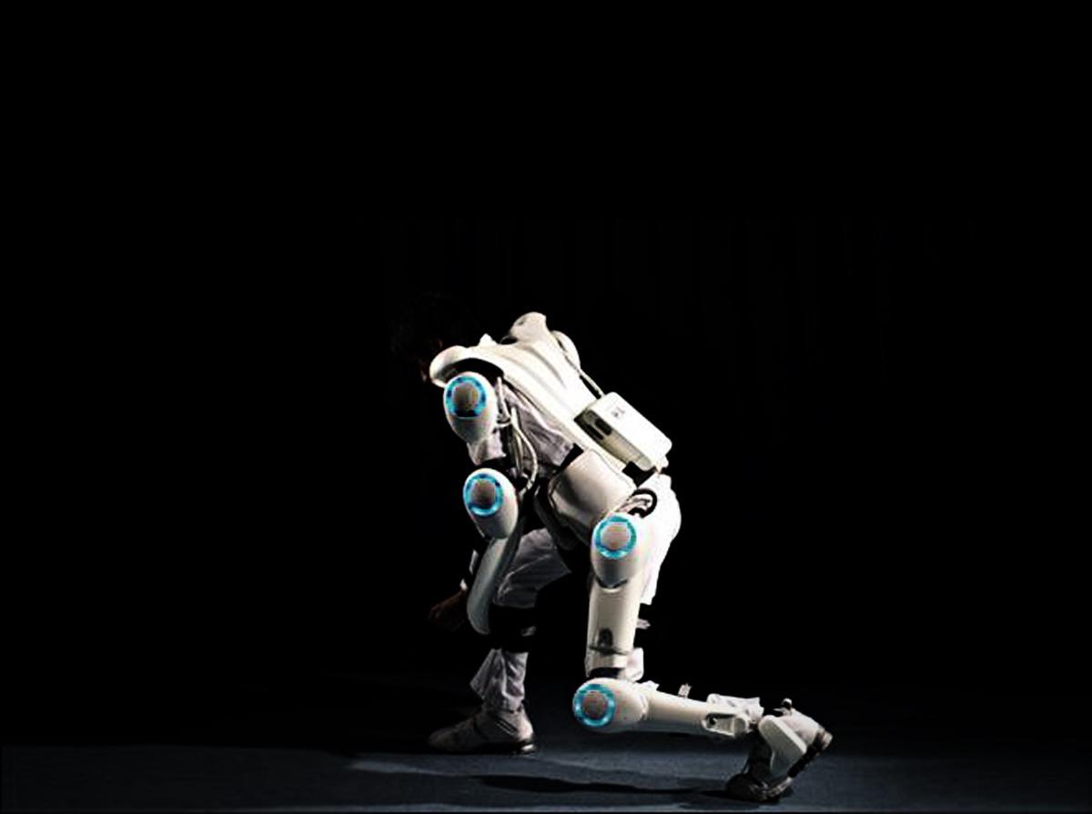 Presentación del exoesqueleto robótico en el Hospital Asepeyo Coslada